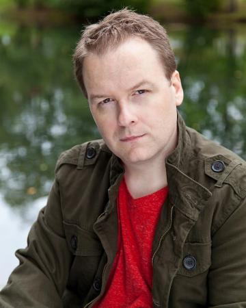 Photo of actor Timothy Kelly