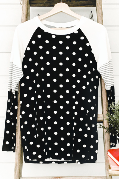 Lots of Dots Tee - BLK