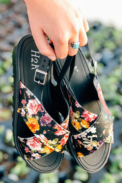 Black Floral Jelly Sandals