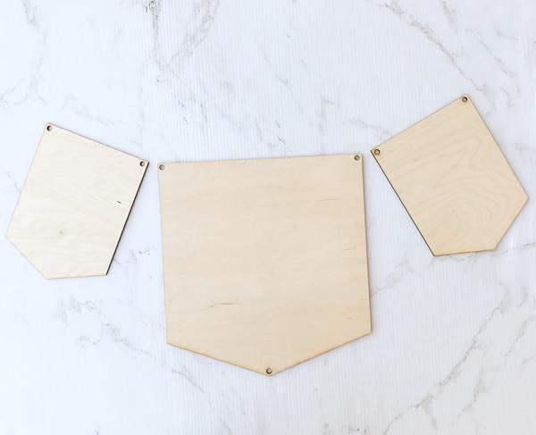 Wood Pennant Set