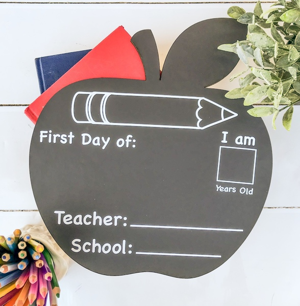 Apple Back to School Chalkboard