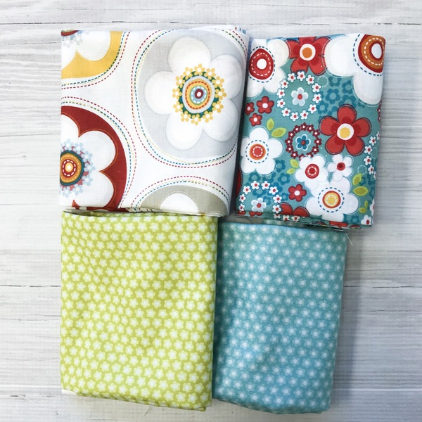 Crazy for Daisy Fat Quarter set (4)