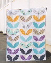 Patches of Petals Quilt Kit