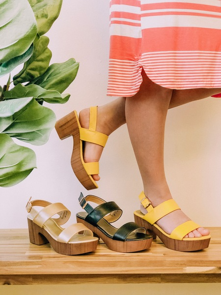 Duo Strap Clogs