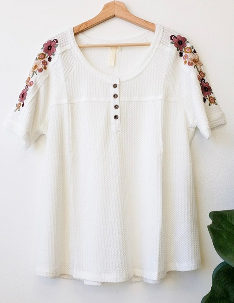 White Clancee Embroider Top