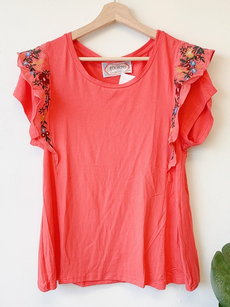 Strawberry Embroider Top