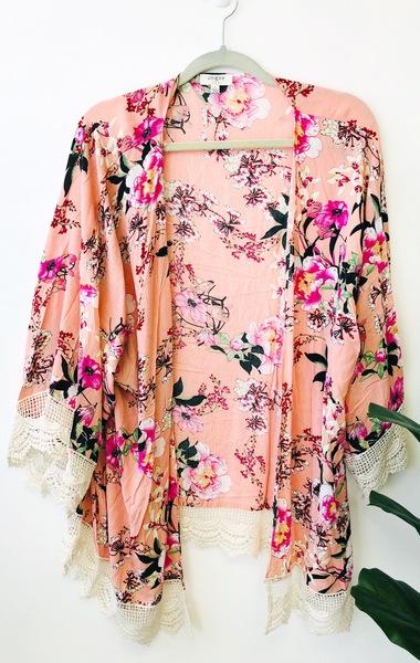 Blush Silo Kimono