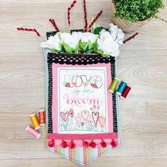 Love In Bloom Pocket