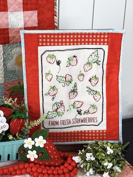 Farm Fresh Berries Wall Hanging kit
