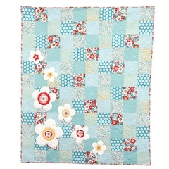Puffy Daisy Quilt Kit