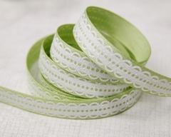 Ribbon - Lacy Scallop Green
