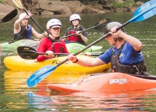 Kayak-Listing-2