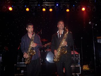 With Darren Motamedy at the Muckleshoot Casino (2010)