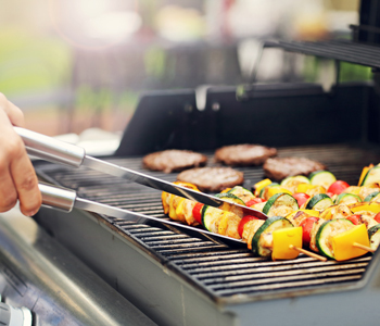 using a grill to cook this holiday season