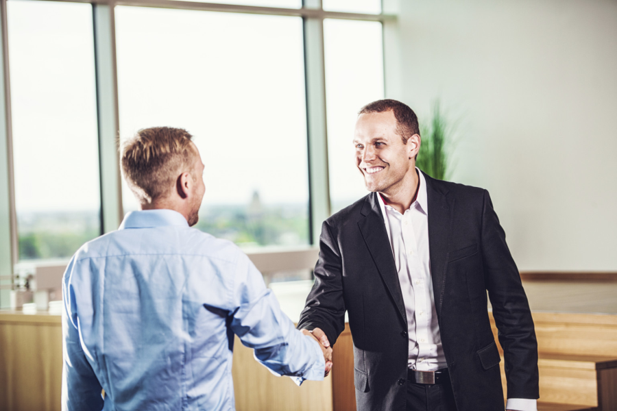The 5 +1 Benefits only inexperienced Business Owners and hiring managers are offering