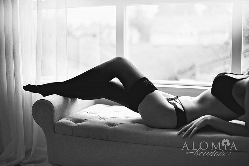 Boudoir Shoot with Lovely Miss N