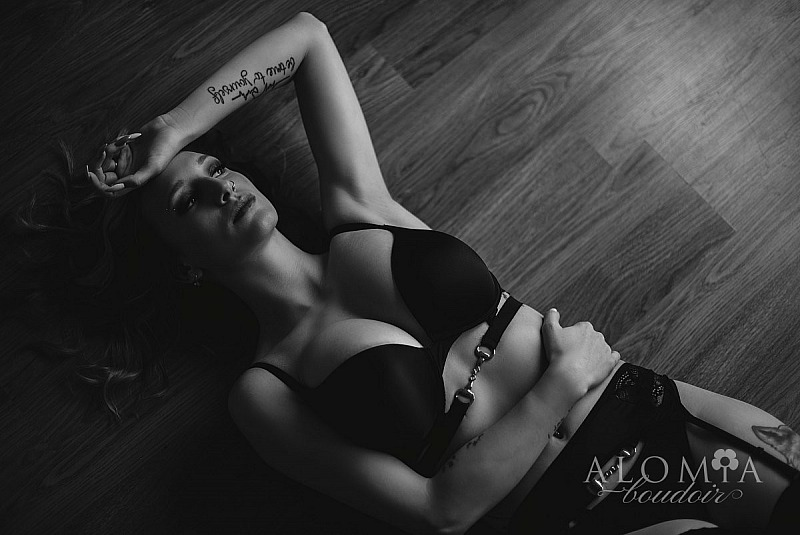 Boudoir Shoot with Miss J