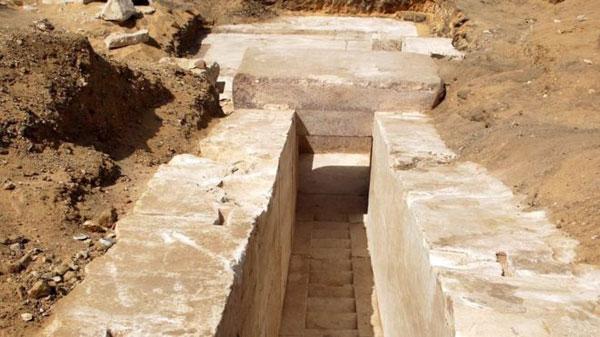 Hallan una misteriosa pirámide, de 3700 años de antigüedad, en Egipto - 1