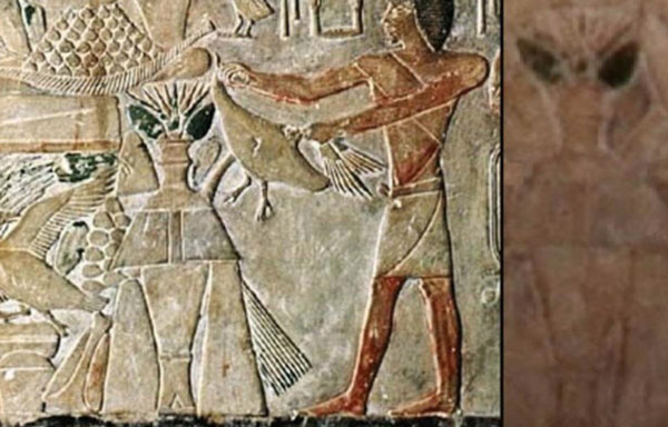 Imagen de un jeroglífico egipcio en donde muchos creen ver el cuerpo de un extraterrestre