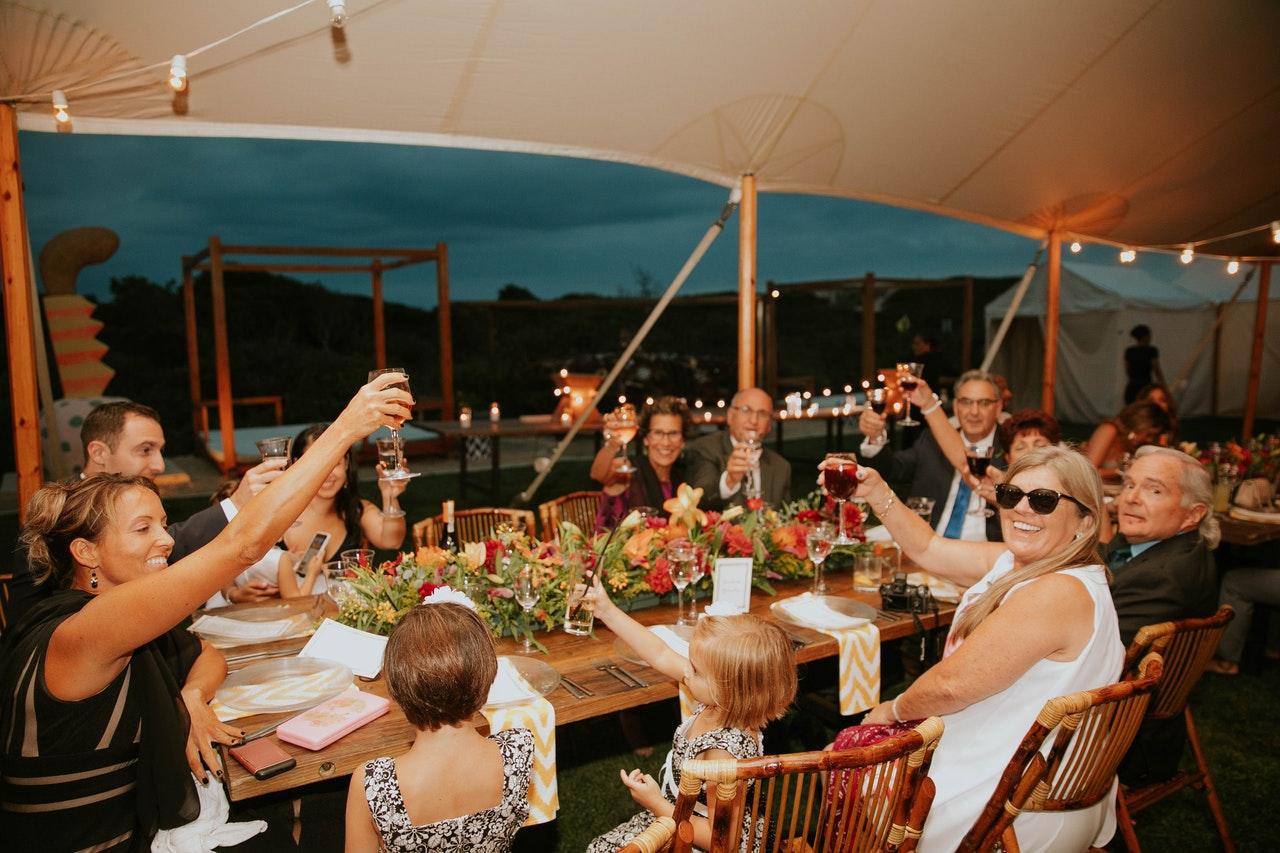 Alcohol celebration chairs 1679825 %281%29