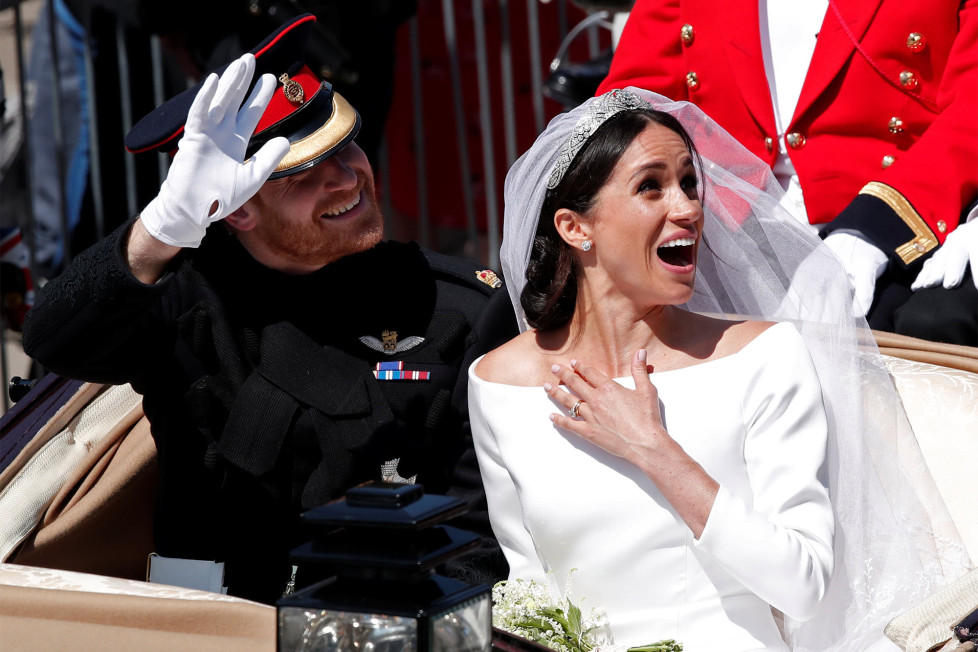 Prince harry meghan markle elope legal secret wedding witnesses