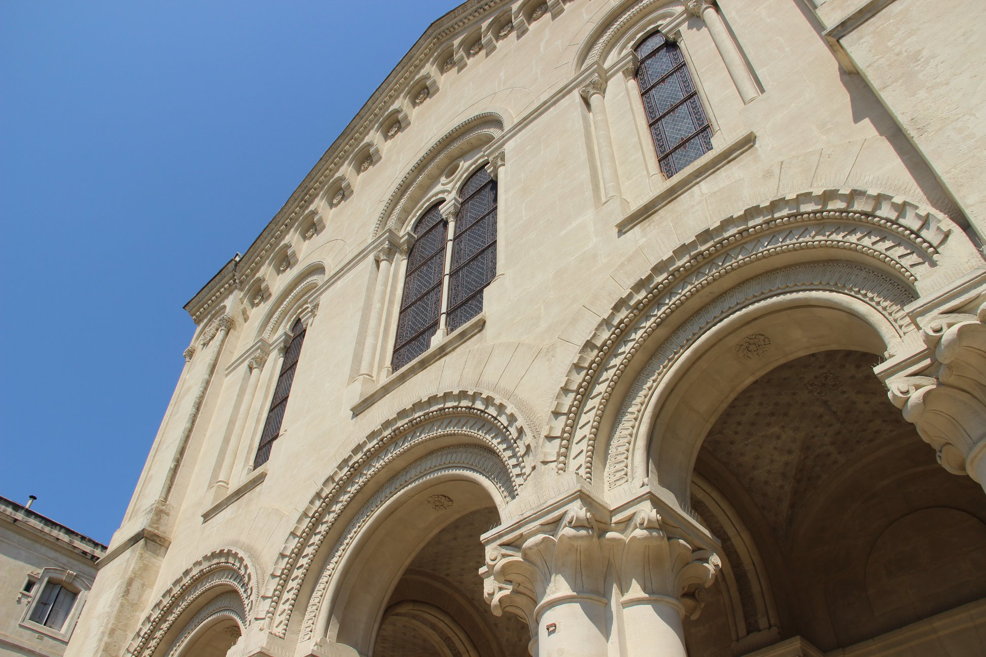 Cover image: The Temple Maguelone, United Protestant Church Of Montpellier, via Temple Maguelone