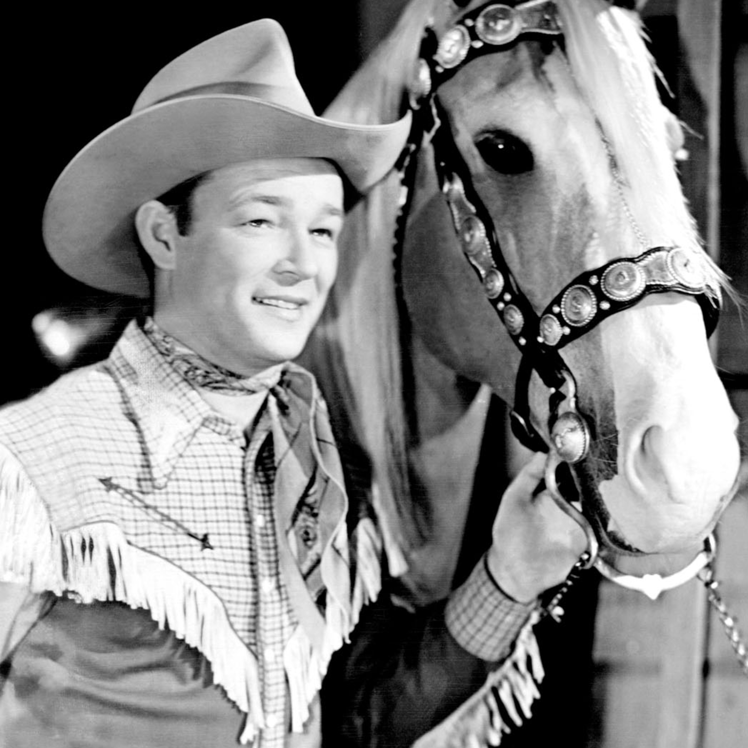 Roy Rogers - Trigger Shoots the Works - Smugglers Stampede - Fish That Told A Story - The Chesterton Kids Podcast