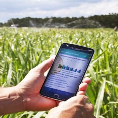 a51fa06eb23 Ministro faz proposta para a ampliação do acesso à internet no campo