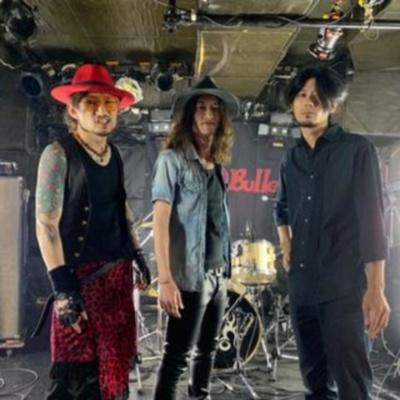 「赤玉雑談」Red Ball Bulletメンバー3人でお送りするバンド話、バンドマンの日常