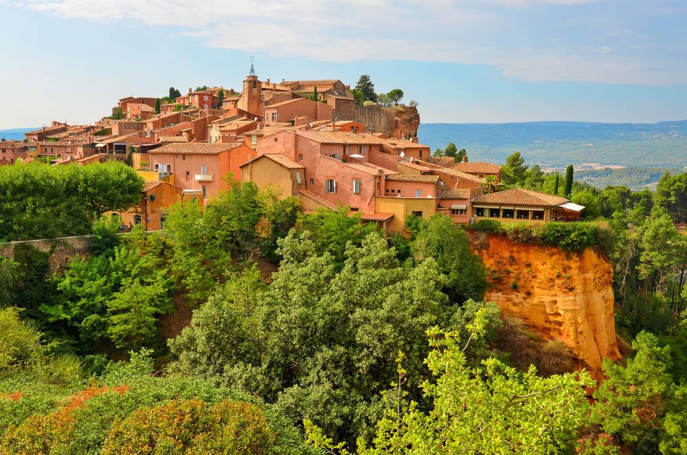 Roussillon village sunset view. Photo: Shutterstock