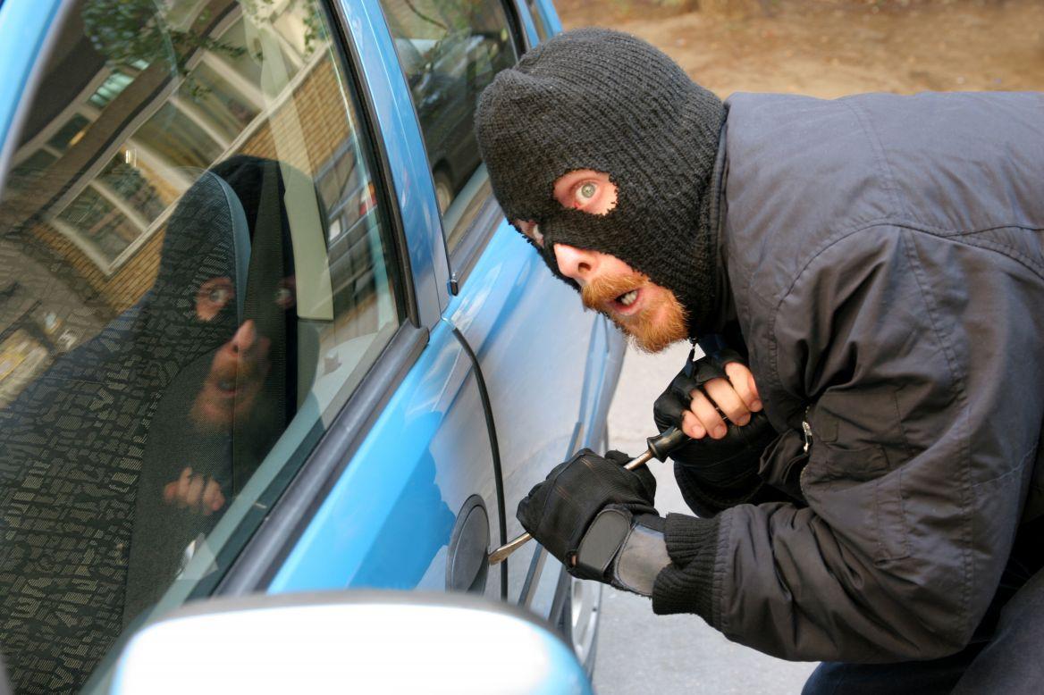 ¿Vehículo robado? Te ayudamos a saber qué hacer