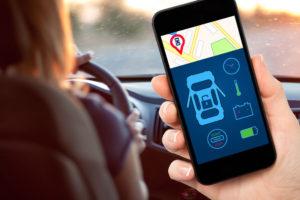 Las 11 apps que debes bajar si tienes un auto