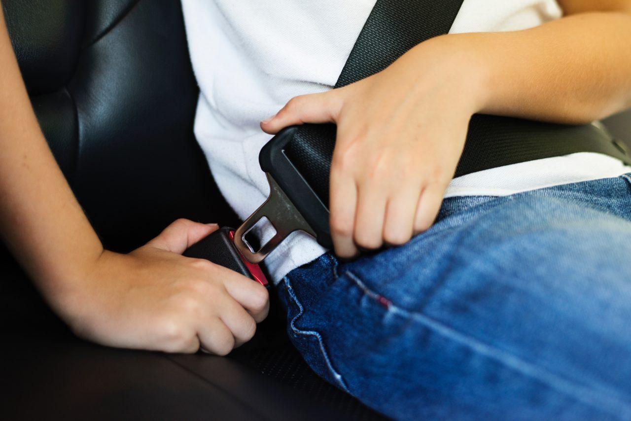 10 razones para utilizar el cinturón de seguridad al conducir
