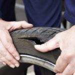 8 pasos para cambiar una llanta de un auto