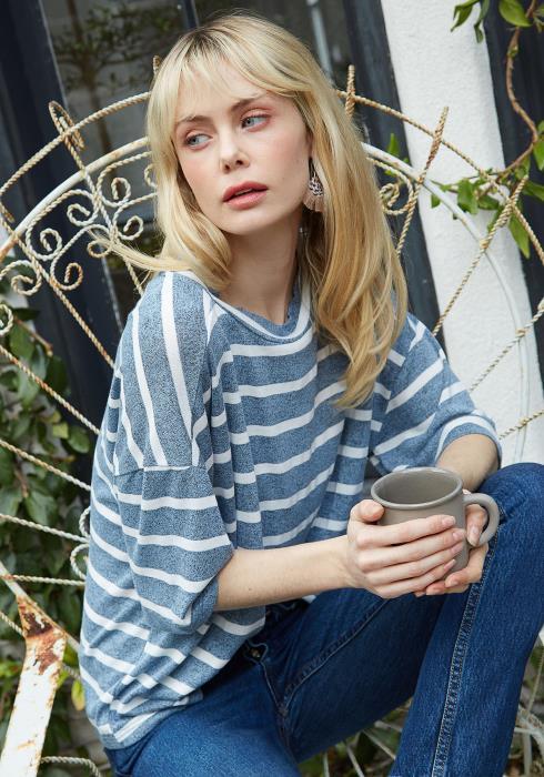 Pleione Crewneck Stripe Drop Shoulder Tee Women Clothing