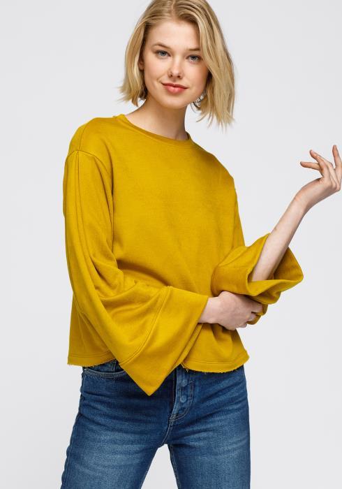 Nurode Crewneck Bell Sleeve Sweatshirt Women Clothing