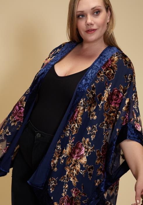 Asoph Plus Size Velvet Floral Kimono