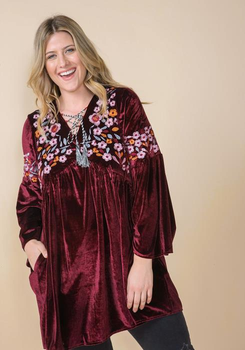 Asoph Plus Size Floral Embroidered Velvet Tunic Top