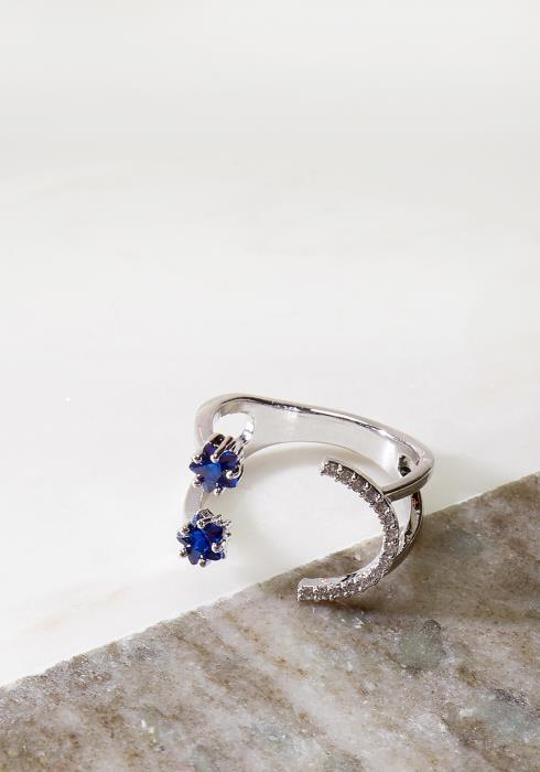 Moon Sapphire Star Ring
