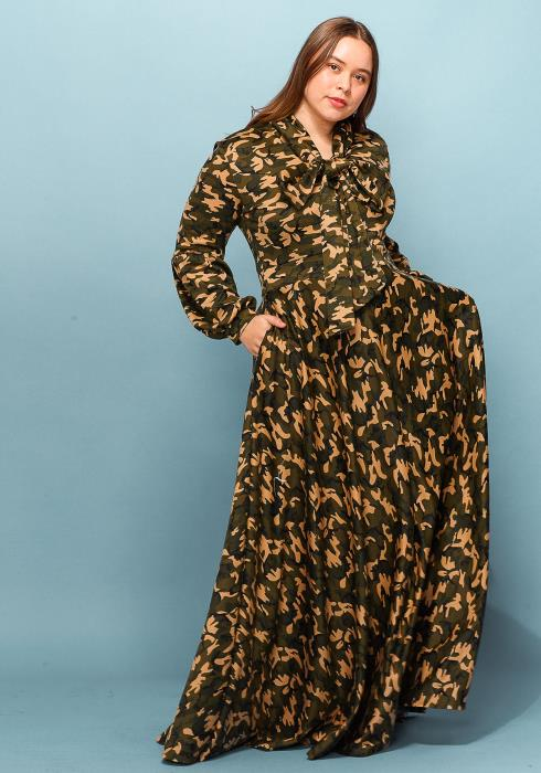 Asoph Plus Size Camo Print Tie Neck Maxi Dress