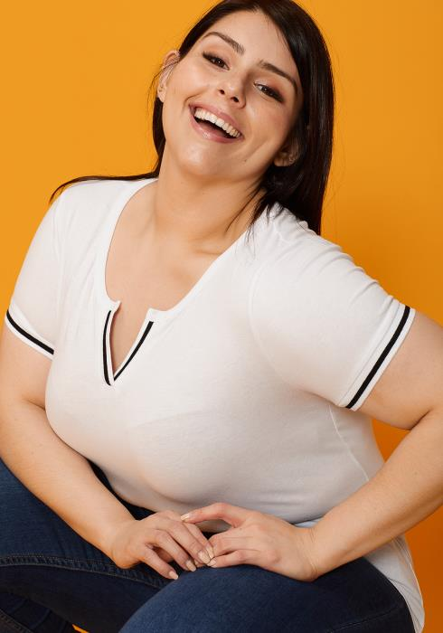 Asoph Plus Size Round Split Neck Short Sleeve Tee