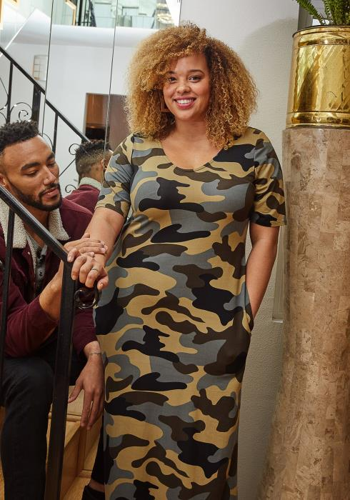 Asoph Plus Size Camo Print Short Sleeve Maxi Dress