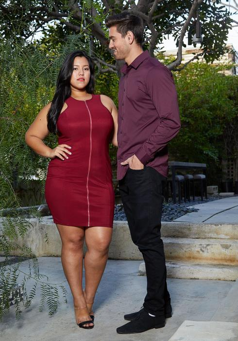Asoph Plus Size Haltered Zip Up Party Dress