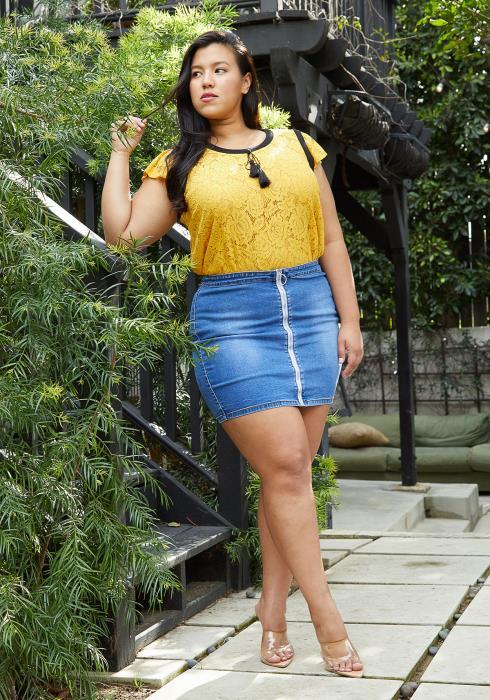 Asoph Plus Size Zip Up Denim Mini Skirt
