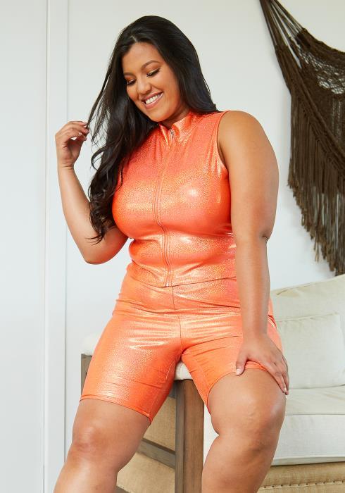 Asoph Plus Size Shiny Crop Top & Shorts Set