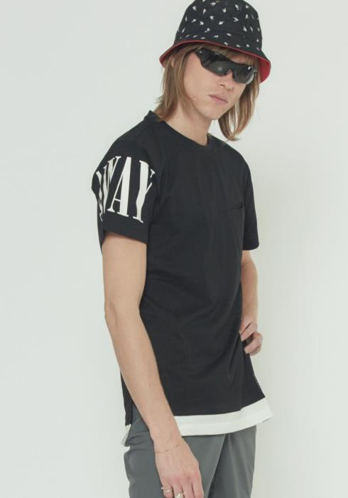 GRAPHIC TEE WITH LAYERING