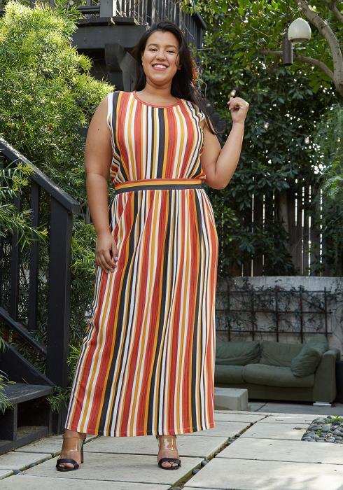 Pleione Plus Size Elastic Waist Printed Maxi Skirt