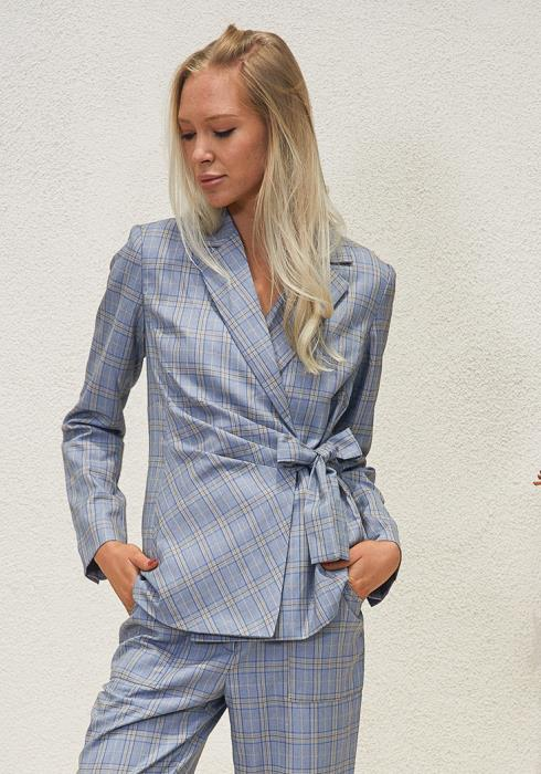 Tansy Plaid Wrap Blazer