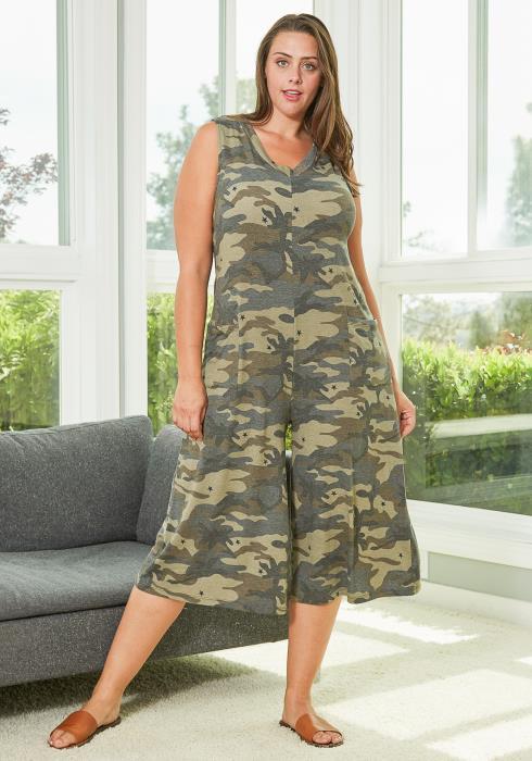 Asoph Plus Size Sleeveless Camo Jumpsuit