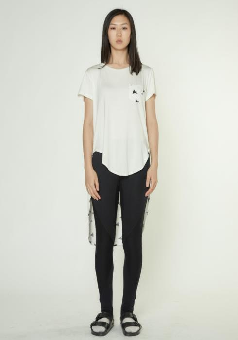 SHORT SLEEVE TEE WITH EXTRA LONG BACK WITH PRINT
